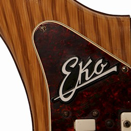 Woodgrain Eko 700 Logo close up
