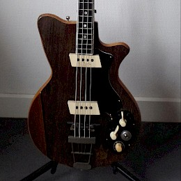 60s Arnold Hoyer bass1
