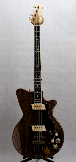 1962 Arnold Hoyer model 34 bass1