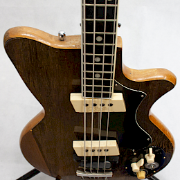 1962 Arnold Hoyer model 34 bass5