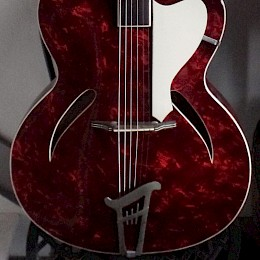 60s German archtop in red perloid 1