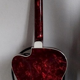 60s German archtop in red perloid 2