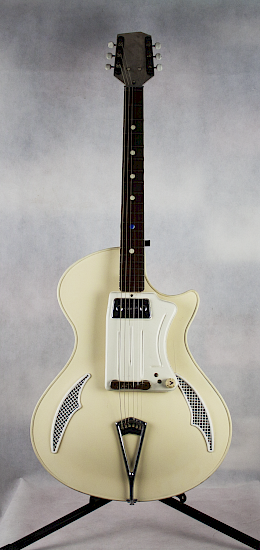 1961-62 Wandre Teenager guitar - white, made in Italy 1